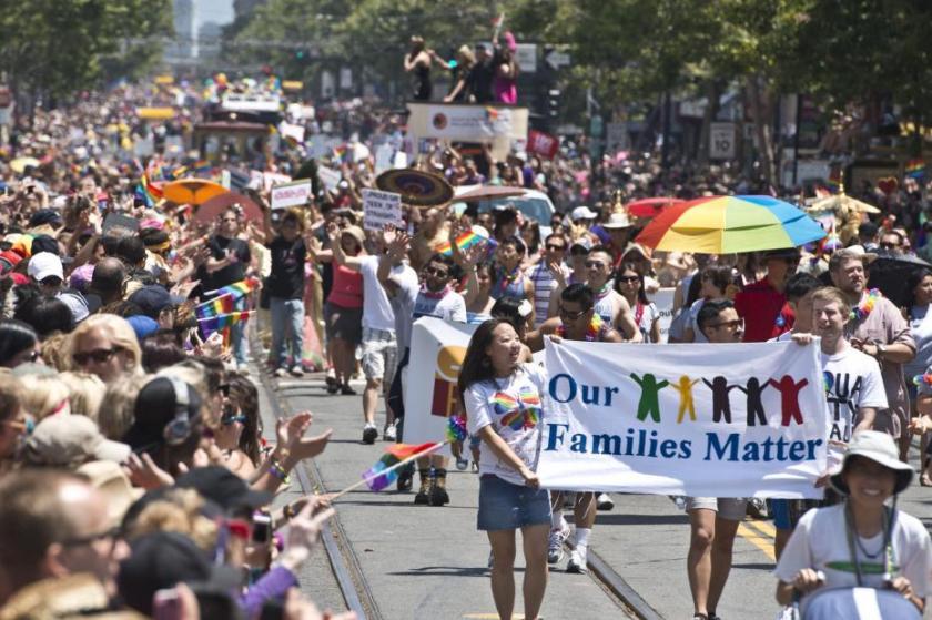 San-Franciscos-annual-gay-pride-parade_5_1